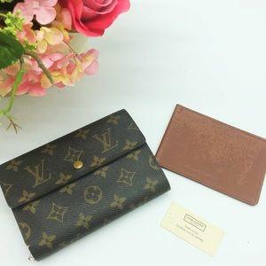 💯 authentic Louis Vuitton monogram trifold wallet